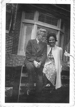 3. 1940.  Vader en moeder