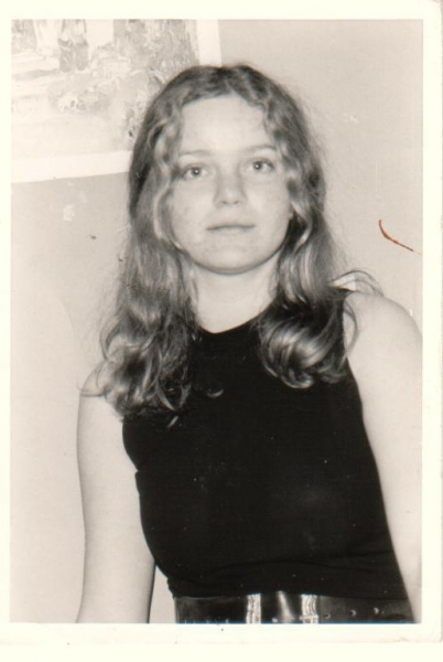 9.    1965